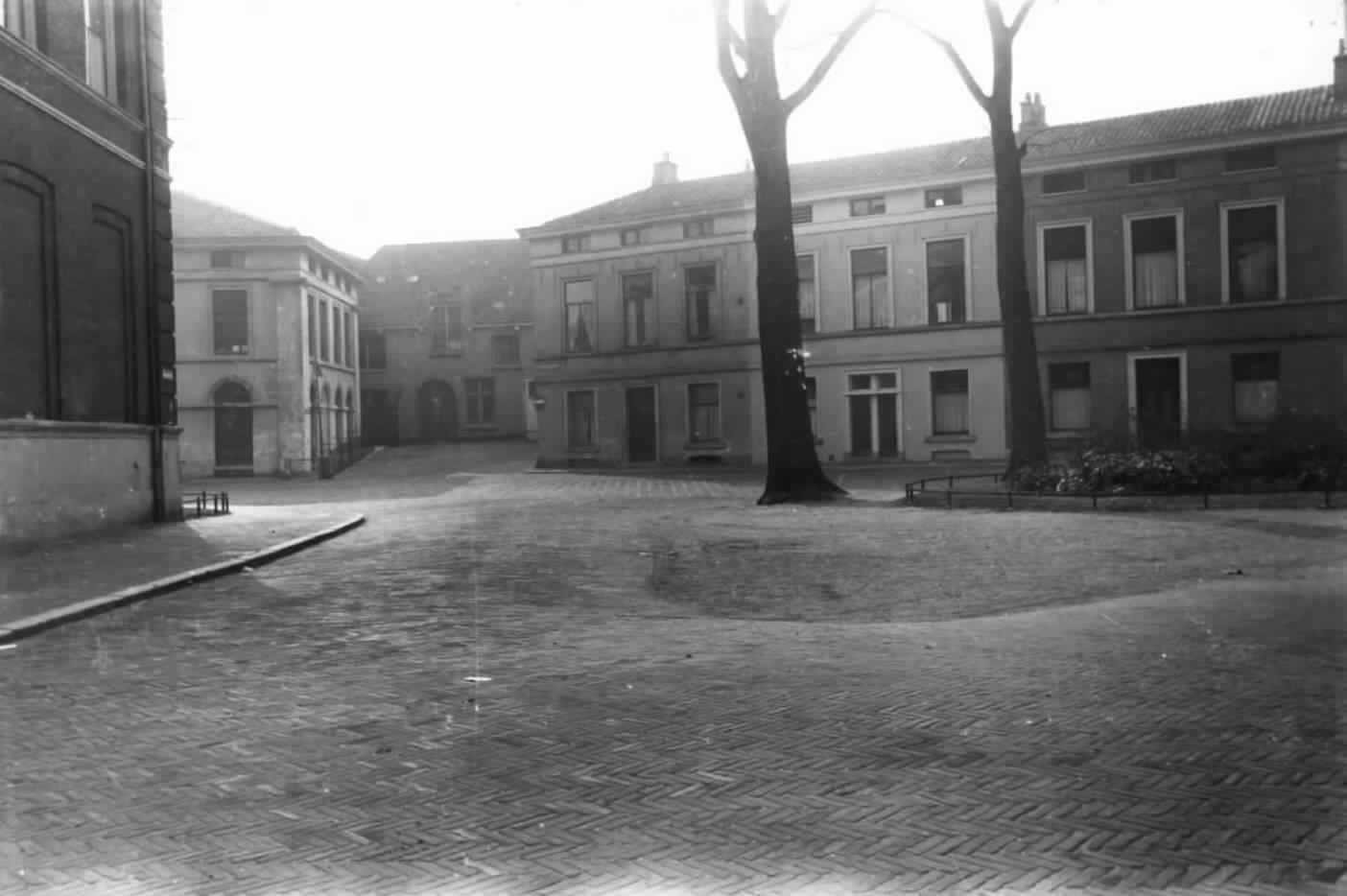 Van Asch van Wijckskade, Utrecht c.1955 (G.J.C.A.Smilda - Het Utrechts Archief)